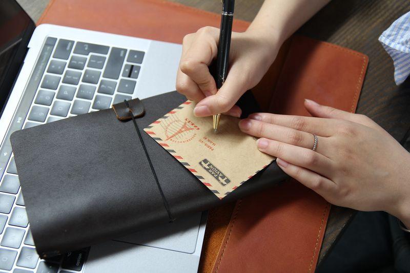 Sổ tay Bullnote với chất liệu bìa da thật 100% bền đẹp theo năm tháng