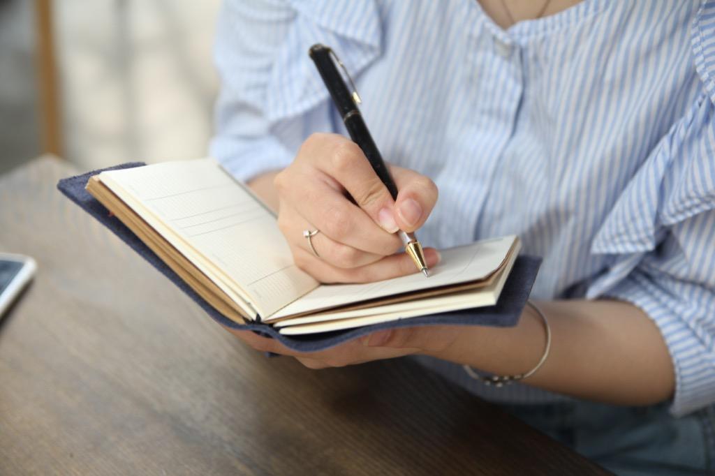 Lợi ích của quản lý chi tiêu bằng sổ sách sẽ làm bạn bất ngờ