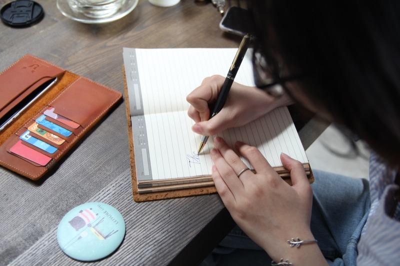 Sổ tay handmade từ da thật nguyên miếng theo trào lưu sổ tay midori