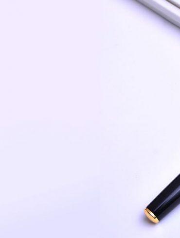 MẪu bút ký kim loại đẹp